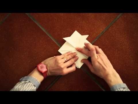 Decorazioni con la carta: come fare una stella - YouTube
