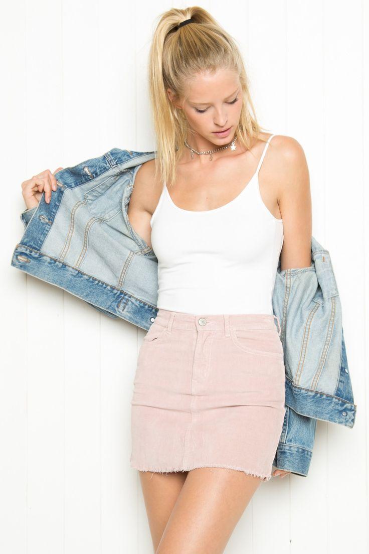 fabulous pink denim skirt outfits boots
