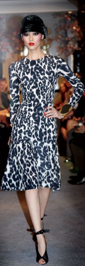Tom Ford ~ <3Great print for Winters Bold and beautiful  Sheike me Up  www.colourimageconsultant.com.au
