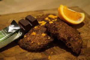 Sunde kæmpe crunchy og lækre cookies med hasselnød og mørk chokolade, appelsin og chokolade eller hvid chokolade og lakrids - heaven speaking ..