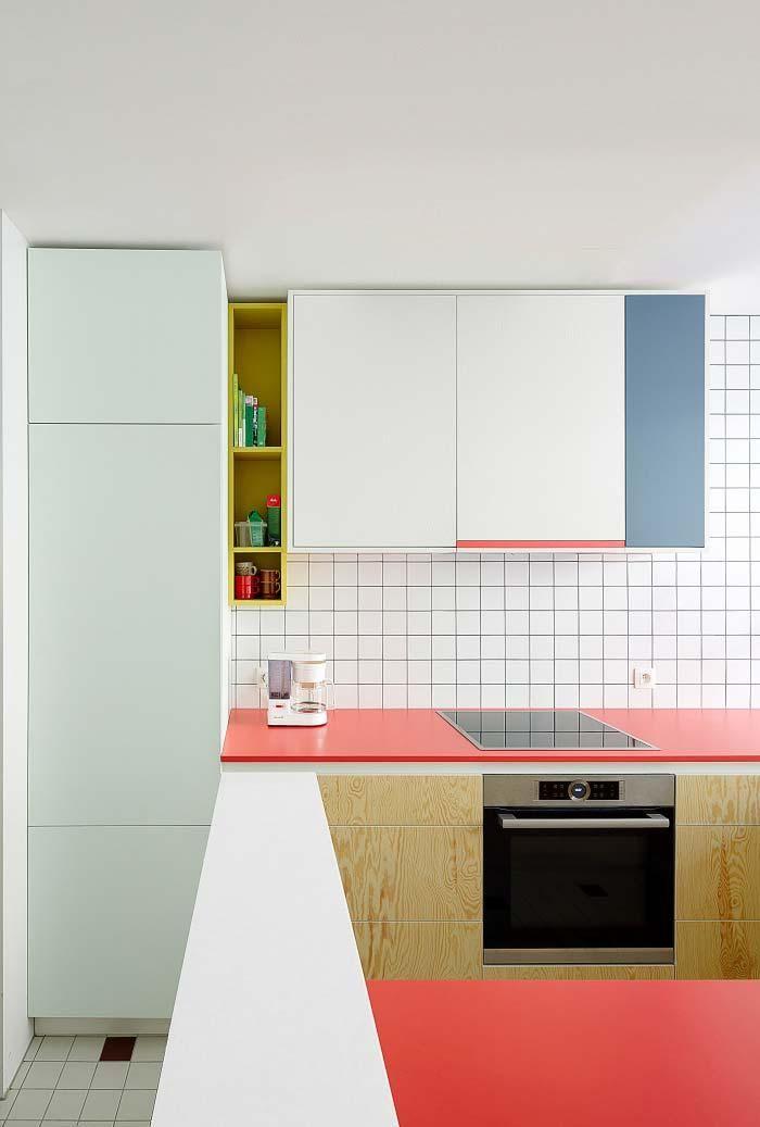 Kleine Küche: 70 funktionale Ideen für Dekoration und Projekte