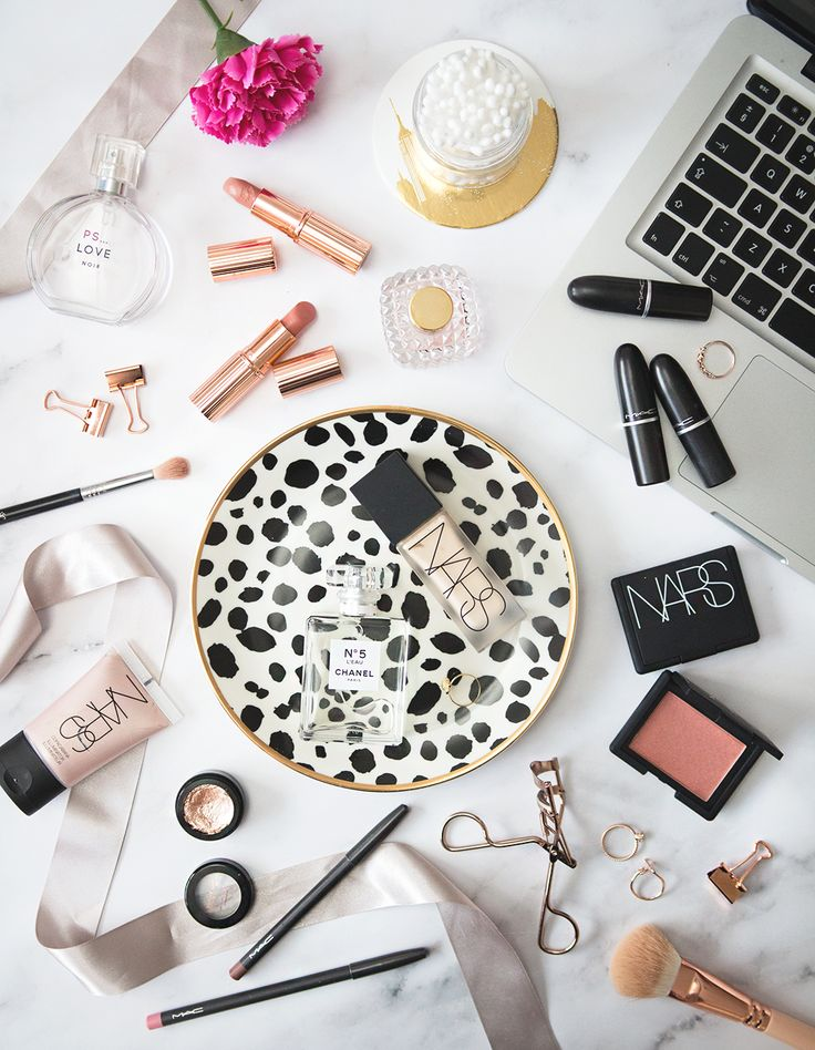 How To Master Flat Lay Photography. | Gemma Louise // Beauty & Lifestyle Blog