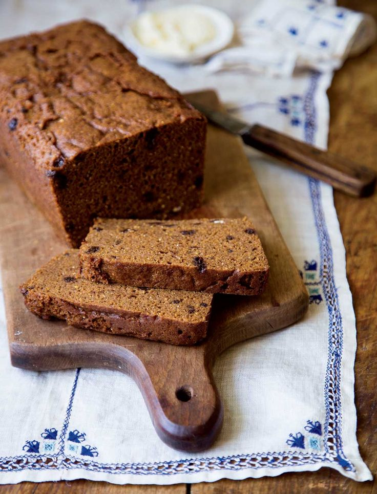 We added currants to this classic recipe for Boston brown bread for sweetness.    Photo: Julie Bidwell #brownbread
