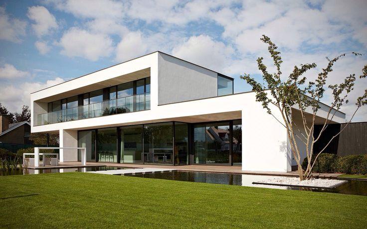 Favoriet twee van Martijn en Janine, kavel 17. Mooi: brede boeiranden, combinatie wit stucwerk en zwart staal. Balcon tweede verdieping. Veel lichtinval.