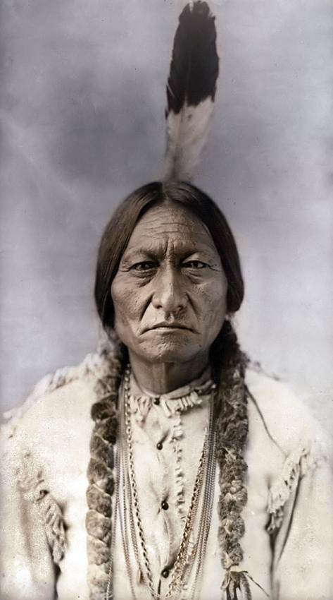 1885 Sitting Bull Early colour photograph. Is that possible? Love First Nation Nationals everywhere: love the feather. I want to wear one so I can be free. And a bird like you. (I'm sorry.)