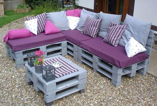 20 mod les de salons de jardin fabriqu s en bois de - Salon de jardin en palettes ...