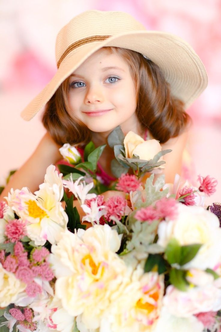 1192 Best Photos Of Little Persons Images On Pinterest Beautiful