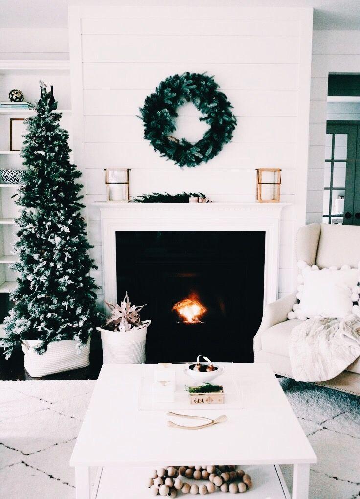 lindsay - IG: @lolindsay -- #winter #snow #christmas