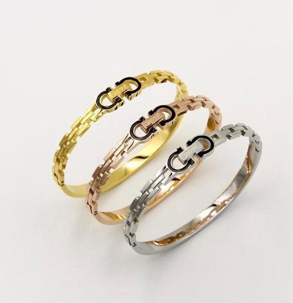 اسوارة اقنر Love Gold Bracelet Jewels Accessories Bracelets