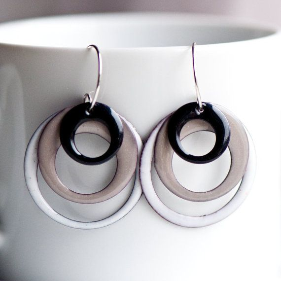 These hoop earrings are casual and sophisticated at the same time! They are three different sized hoops in black, a beige/gray color and white. I call this color blend, Back to Basics. These are completely handmade enamel earrings made with care and they include my unique handmade sterling silver ear wires. >>> Size <<< The largest hoop is 1 1/4 inch (32mm), the middle hoop is 1 inch (25mm) and the smallest hoop is 3/4 inch (19mm). Altogether, and including my...