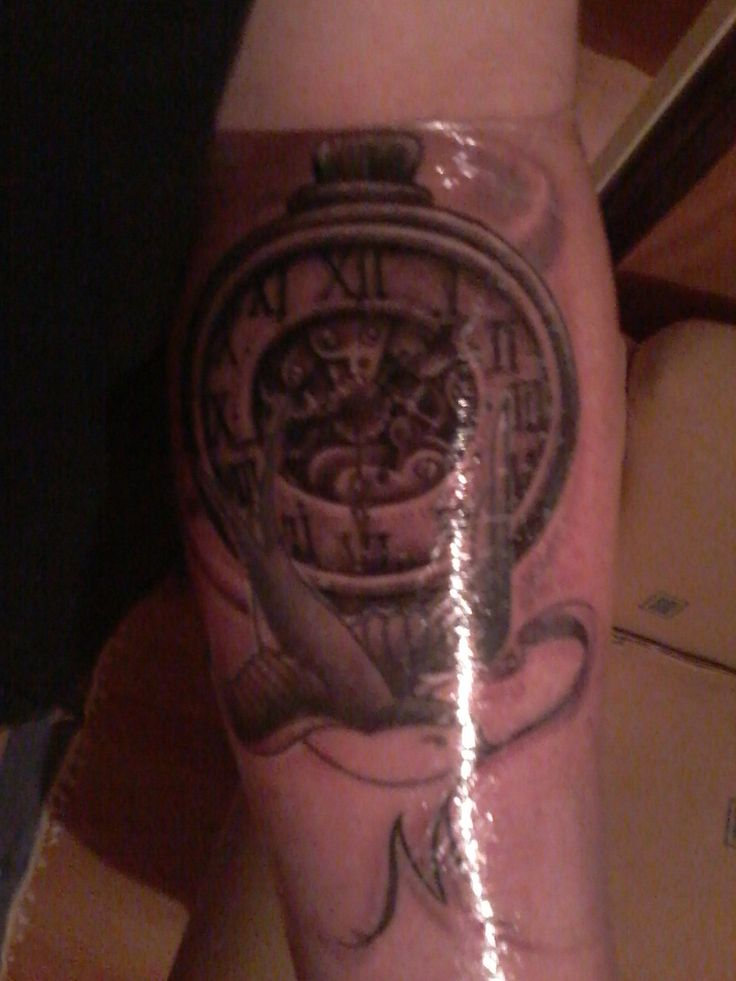 Tatuaje Homenaje a mi Abuela (Artista: Cristian Diez)