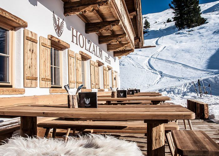 galerie 12 1080x720 patio skiing chalet