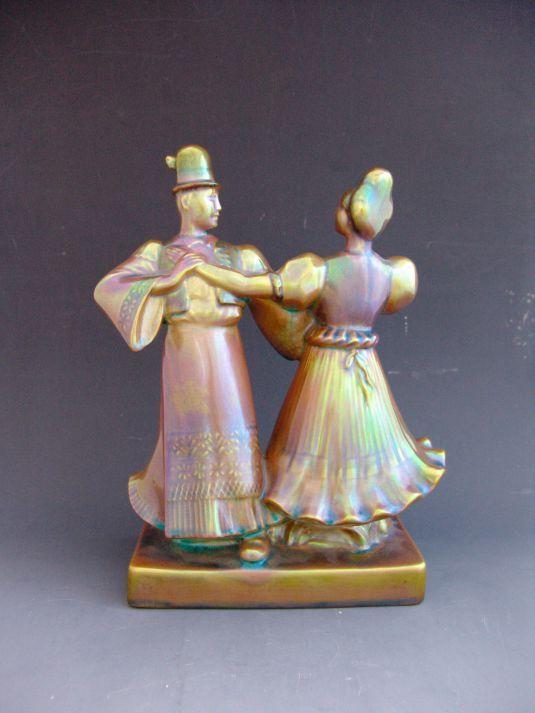 porcelana-danza-hungara-fabrica-hungara-zsolnay-1930-danza-csardas