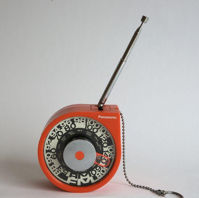 Panasonic Radio Rolling Tone RF-93 by Døgen, via Flickr