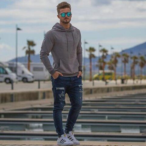 WEBSTA @ staymenfashion - B a s i c O u t f i tCc @antonio.pozo .......#staymenfashion #thedapperhaus #mensfashionreport #mensfashion #mensstyle #menwithstyle #menwithclass #fashionpost #gq #sprezza #luxurylifestyle #gentleman #classy #dapper #menswear #fashion #mensfashionblogger #style #instagood #picoftheday #boss #luxury #sartorial #instastyle #success #moda #motivation #upscale #instalike #suitandtie