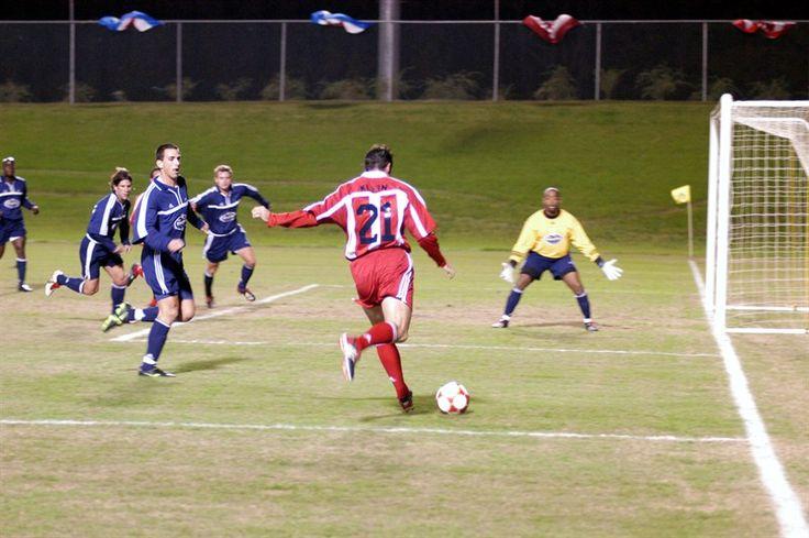 el partido de futbol; soccer game