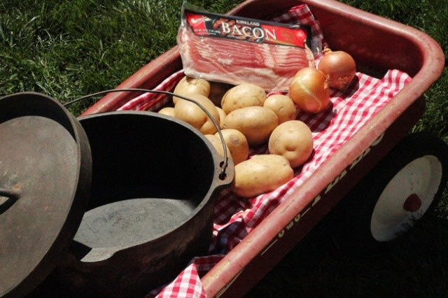 Dutch oven and foil packet meal's for a group