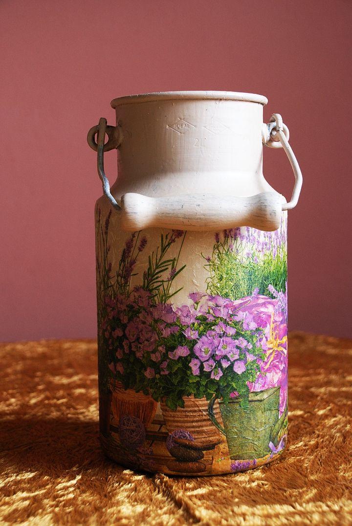 decoupage / milk can