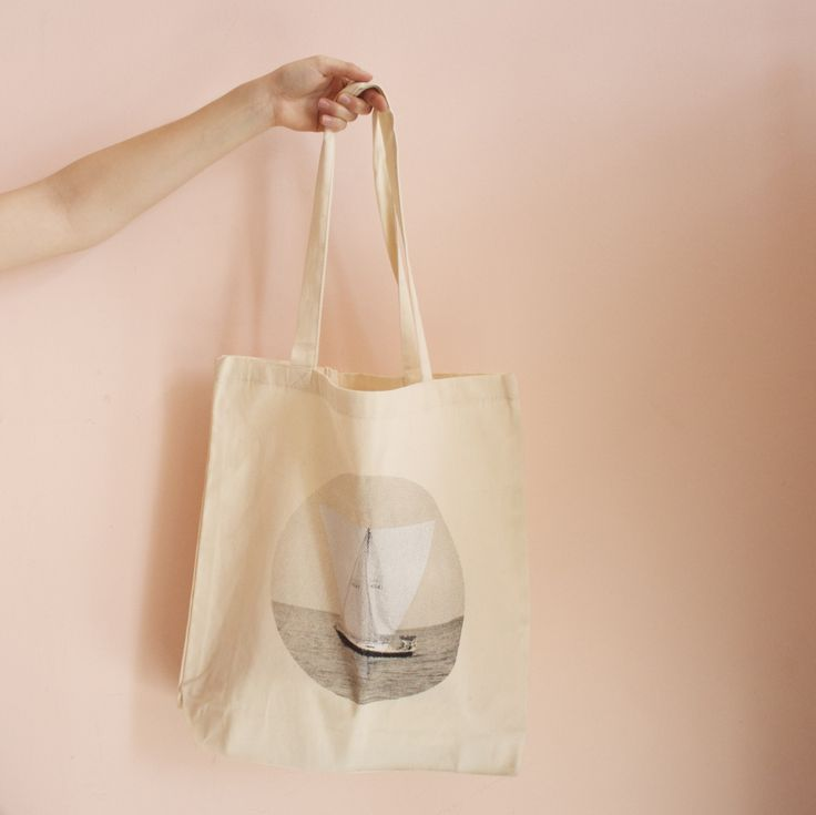 49th Parallel tote