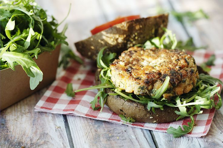 Susie Burrell's Quinoa Patties - Learn more from Bellamy's Organic, Australia's leading producer baby food products.