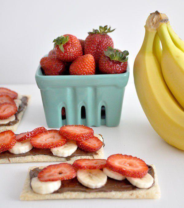 Healthy-After-School-food-Snack-idea---Banana-strawberry-nutella-cruskit-