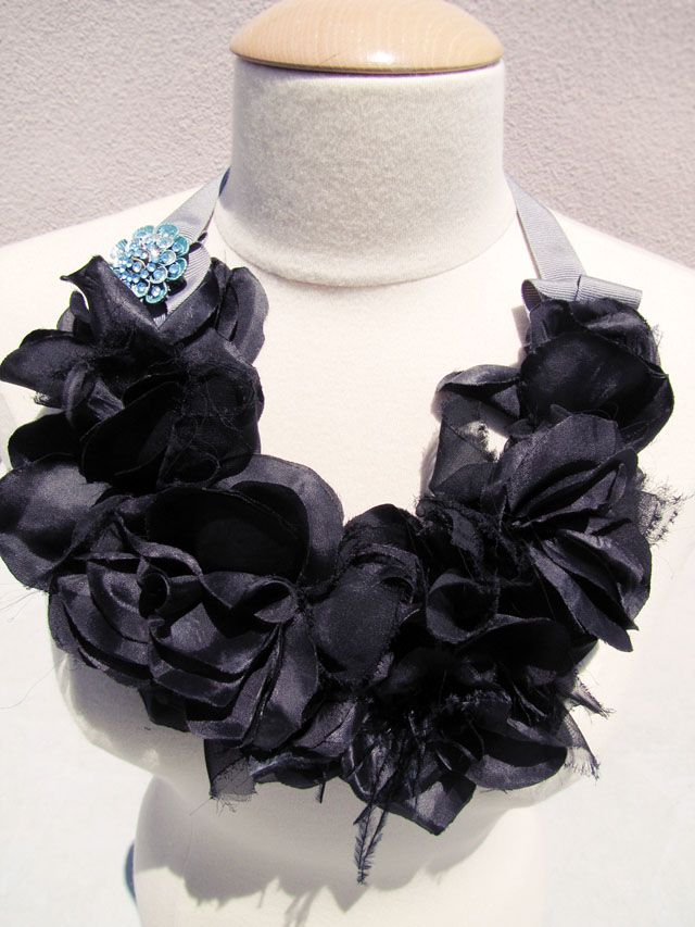 DIY Black Flowers Head Crown | Pretty Punk Princess