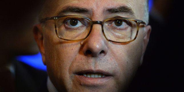 Bernard Cazeneuve veut porter plainte contre Jean-Luc Mélenchon
