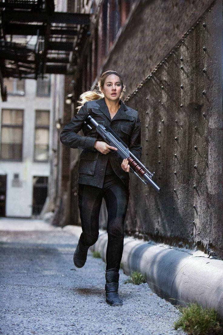 Tris In Summit Entertainment's  Divergent  Movie Still No 39