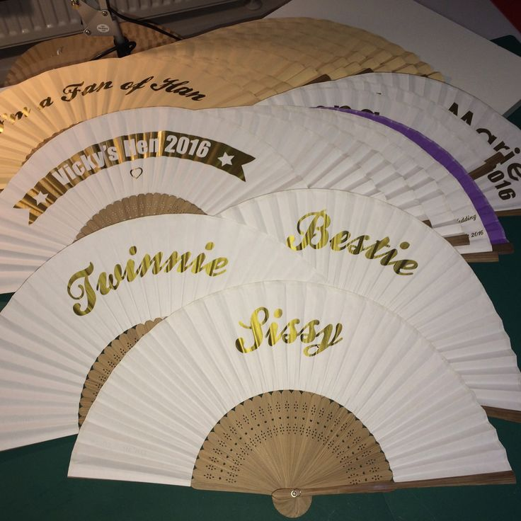 Personalised Fans Heading To Queensland Australia Wedding Favours