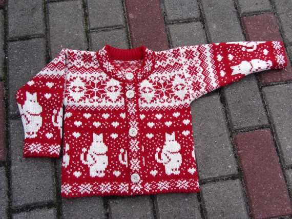 Woolen cardigan with moomin pattern