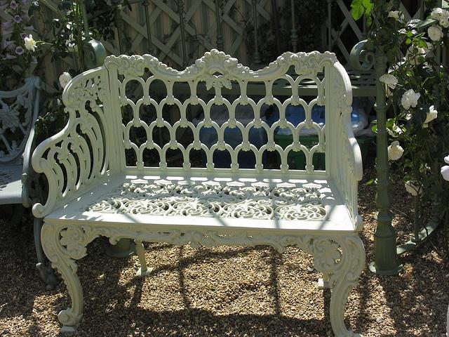 Pretty Iron Garden Bench