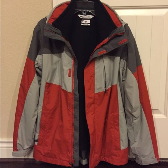 Columbia Jacket Youth Size 18/20 Columbia Bugaboo Interchange Jacket; Zip out fleece jacket; Looks brand new and only worn a few times. Columbia Jackets & Coats