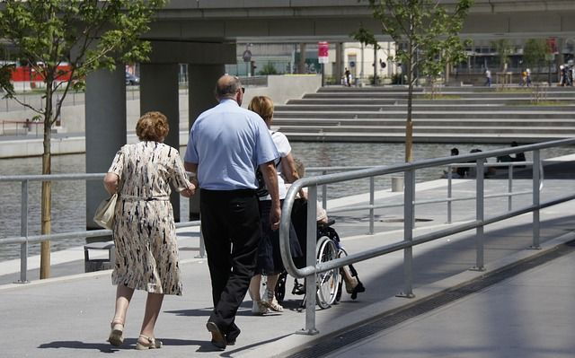 #podjazd #dla #niepełnosprawnych dowiedz się jak ułatwić życie osobom poruszającym się na wózku! http://www.opella.com.pl/producent/podjazd-dla-niepelnosprawnych/