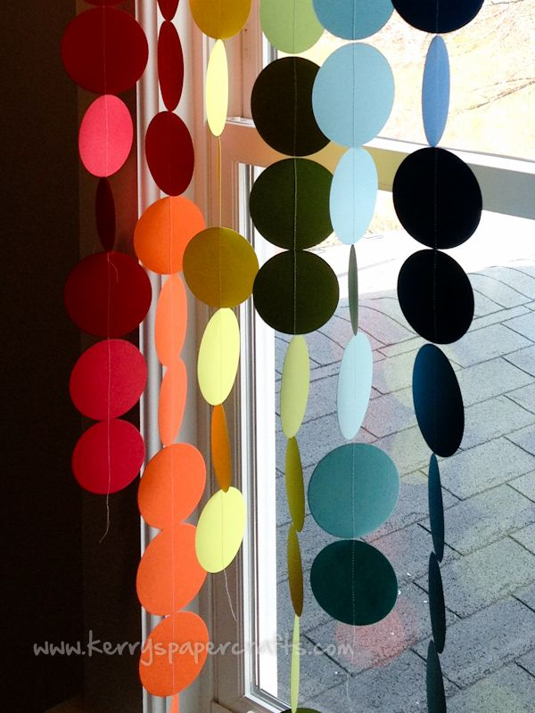 Tutorial: Rainbow Garland  (make in halloween colors - may be cute on both sides of front door behind mums)