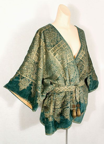 "Fortuny short velvet jacket stenciled with a lace pattern, 1920s. Circular sewn-in label: ""Mariano Fortuny/Venise."""