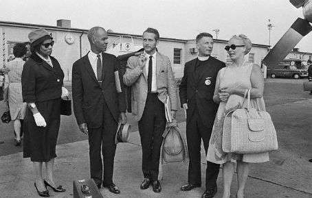 Faye Emerson, Paul Newman, Marian Anderson, Roy Wilkins and Reverend Robert Spike for Civil Rights March