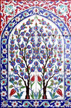 İzmir Fatih Camii'nde Türk sanat duvar karosu. etkileyici antik El yapımı Türk Fayans photo