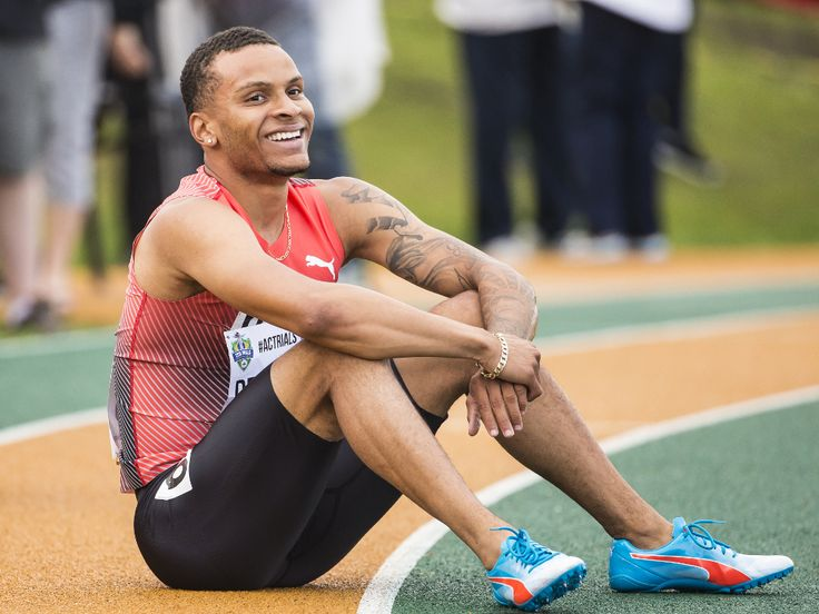 De Grasse voted Canada's male athlete of the year Dec 26, 2016 De Grasse, who raced to 3 Olympic medals in Rio, has been voted the winner of the Lionel Conacher Award as the Canadian Press male athlete of 2016. The Markham sprinter earned 43 votes (66%) in the annual survey of editors & broadcasters from across the country.