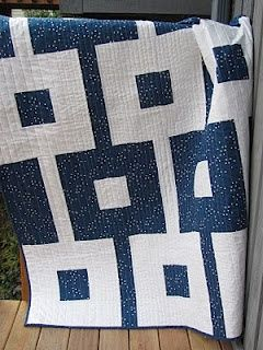 Chain Gang? Love the 2 color quilt . . . is it white on navy or navy on white???