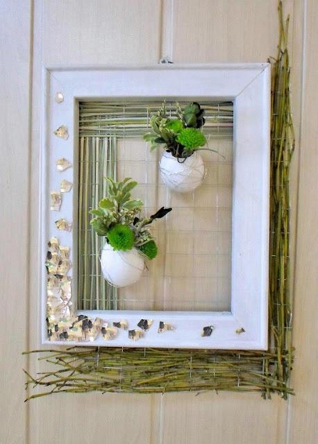 Groszki i róże...Shadow boxed, framed, egg shells suspended with floral designs. Fresh.
