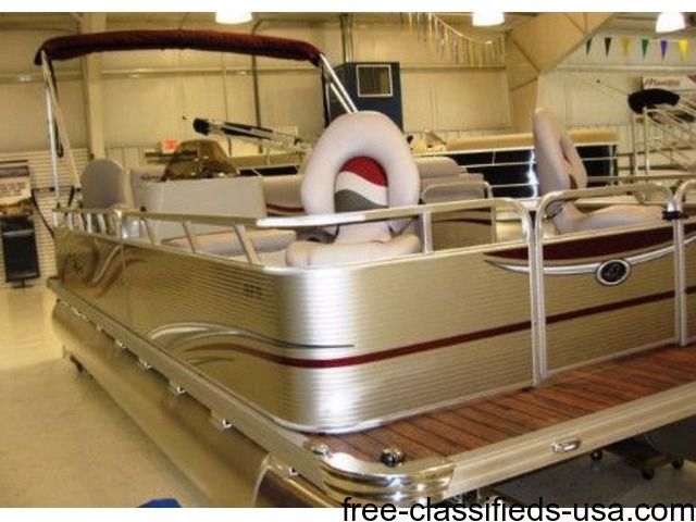 listing Fishing Pontoon! Early Fall Special! 201... is published on Free Classifieds USA online Ads - http://free-classifieds-usa.com/vehicles/boats-ships/fishing-pontoon-early-fall-special-2016-qwest-adventure-820-vx_i39351