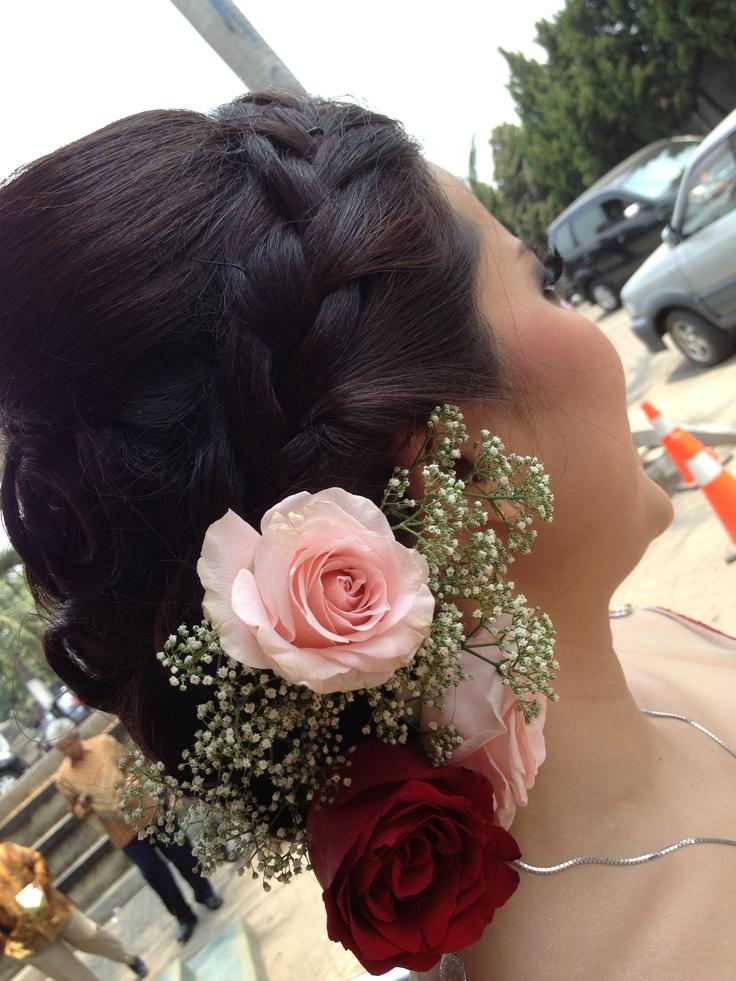 Wedding hair do greek flower