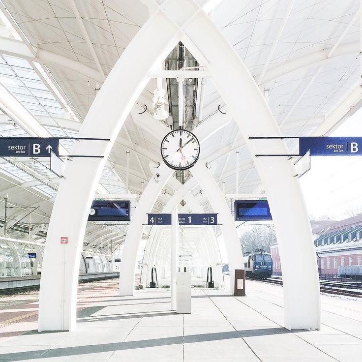 Railway Station in Gliwice, Poland  @epepa.eu
