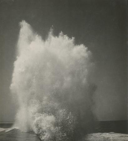 Vague, c. 1940