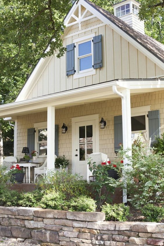 25 best ideas about exterior shutter colors on pinterest for Tan siding shutter color combinations