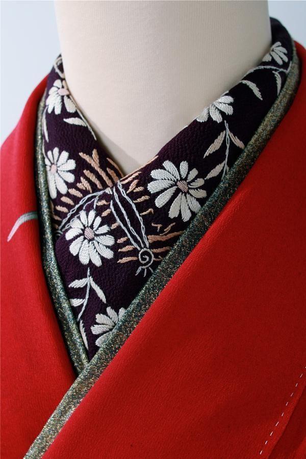 Red kimono with Black flower collar