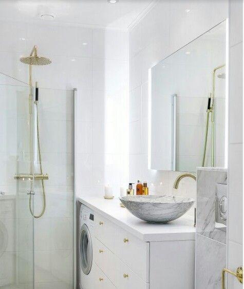 Badrum marmor mässing tvättmaskin