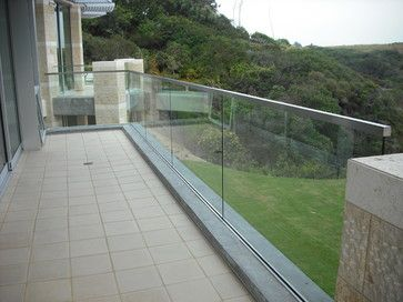 1000 images about glass rail examples on pinterest for Exterior glass railing