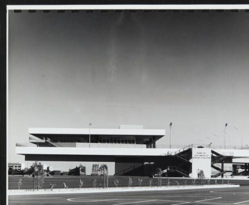 fickett-port-002~1 :: Photograph, Port of Los Angeles, 1962 :: Edward H. Fickett, FAIA, Collection. http://digitallibrary.usc.edu/cdm/ref/collection/p15799coll25/id/106