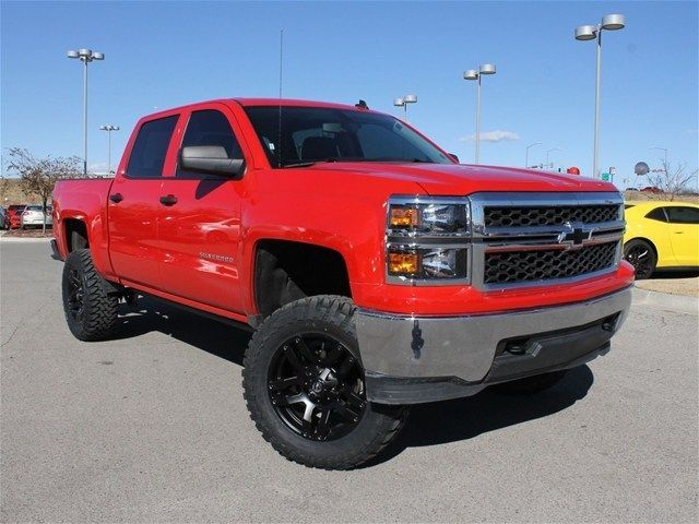 2014 Chevy Silverado Crew Cab 4x4 Red / Black Int. 7.5